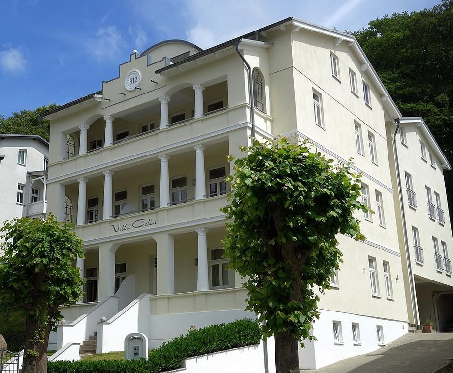 Die Villa Celia Sellin von der Wilhemstraße aus gesehen